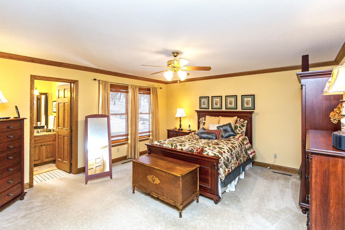 1311 Home for sale Woodland Dr. SW Rochester MN 55902