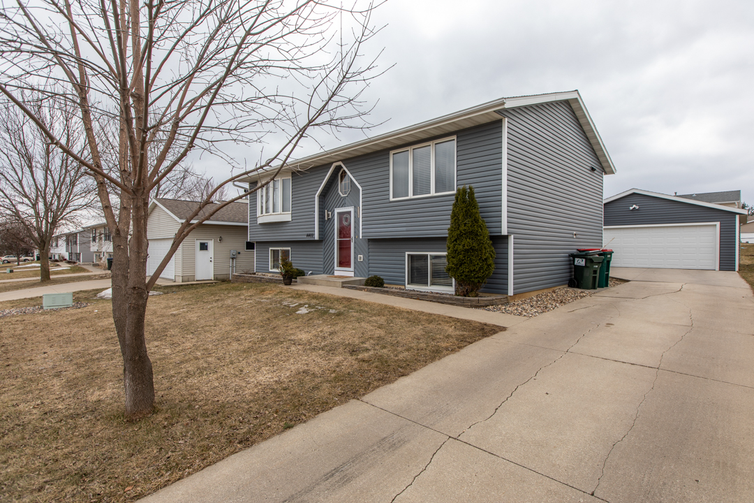4402 10th St NW Rochester MN