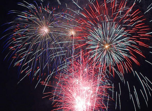 IGorgeous Fourth of July fireworks says Beth Ellyn Rosenthal, eXp Realty