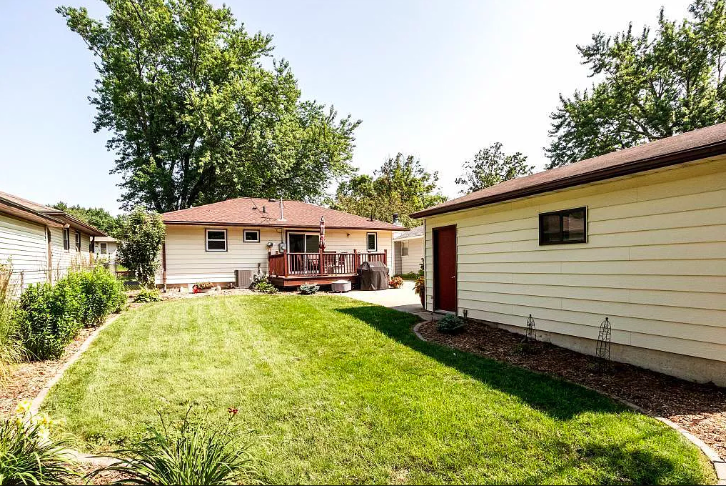 New Listing NW Rochester MN Home For Sale
