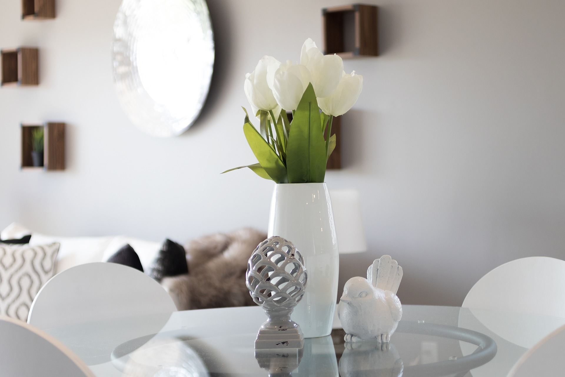 6 Super-Simple Home Decorating Tips for YOU!