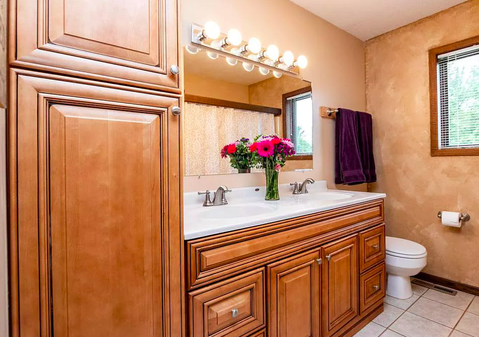 bathroom - house for sale, 4512 4th Street NW, Rochester MN 55901