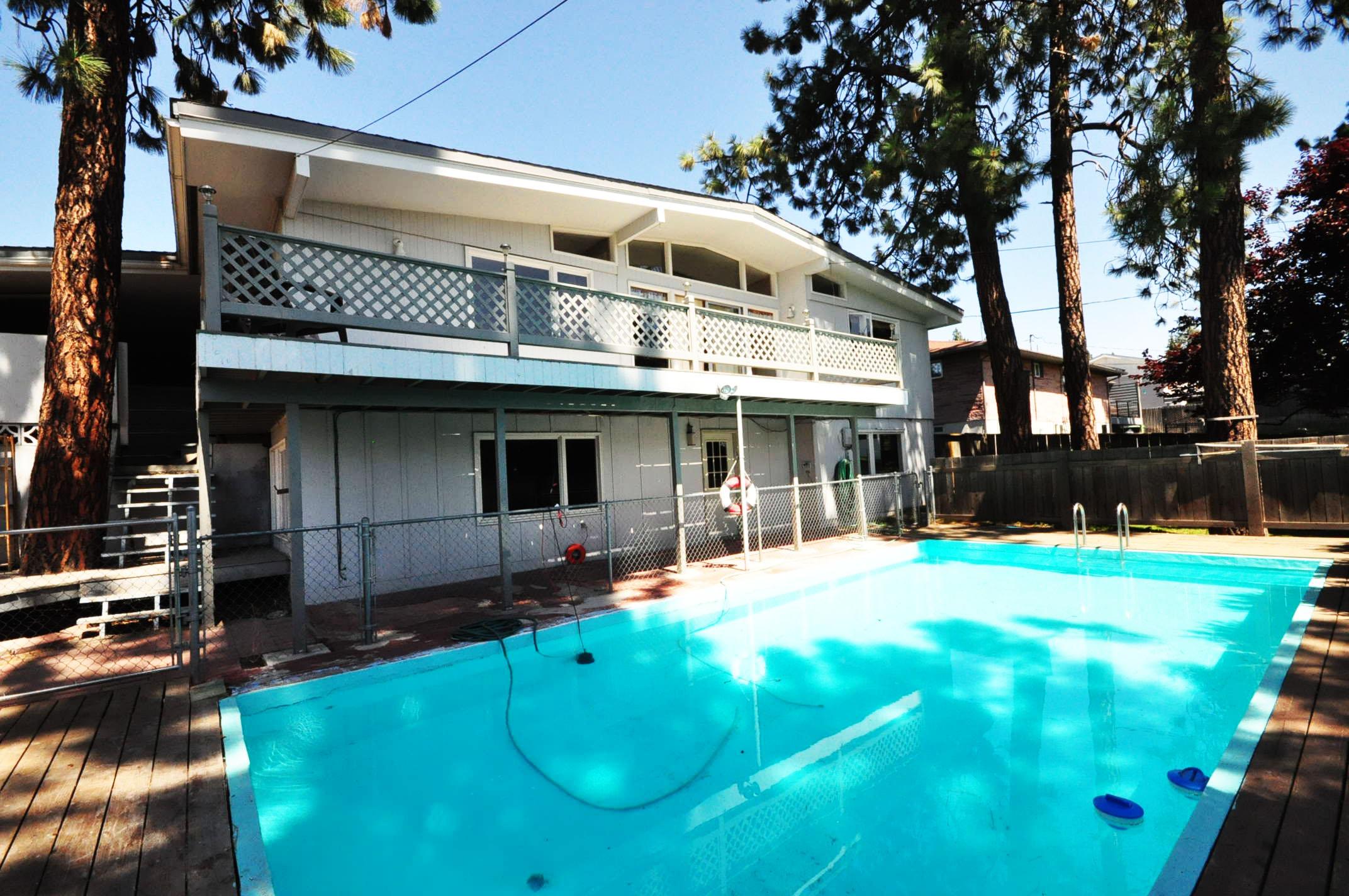 2627 W Beacon Ave Spokane, WA Pool View