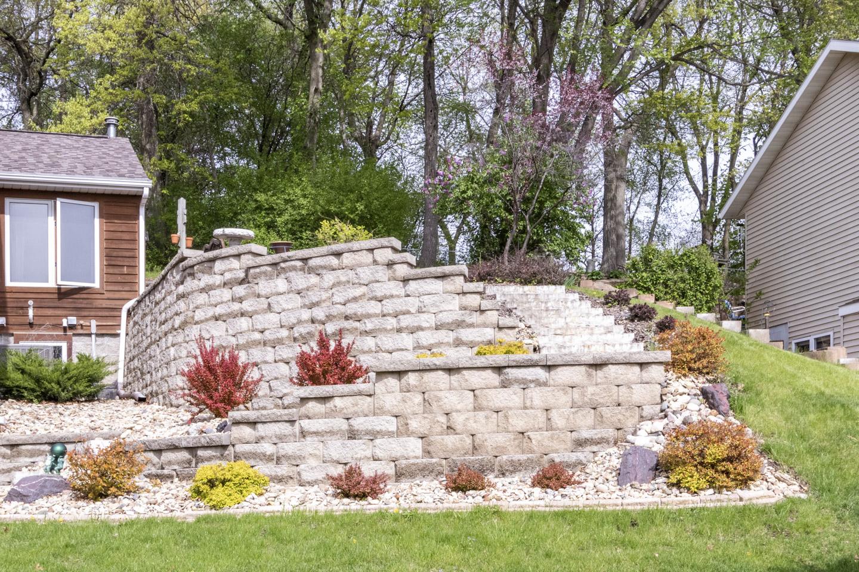 Landscaping at 1624 Teton Ct NE, Rochester MN