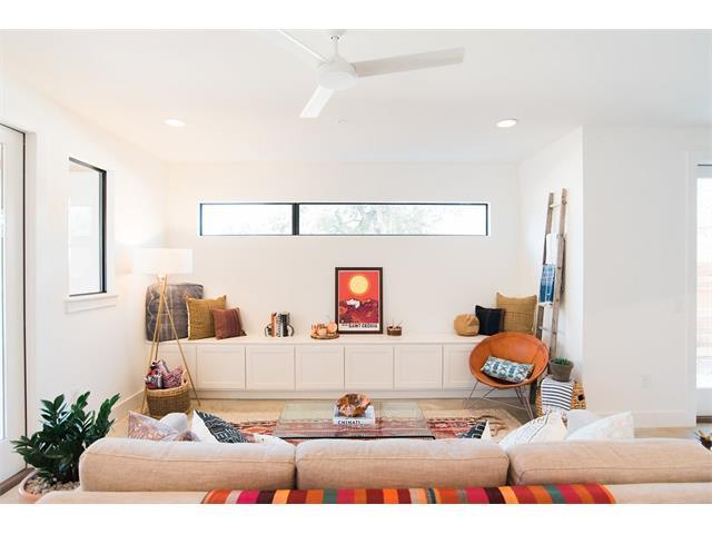 http://sonia.buyinginaustin.com/property/105-6219305-1193-Angelina-St-A-Austin-TX-78702