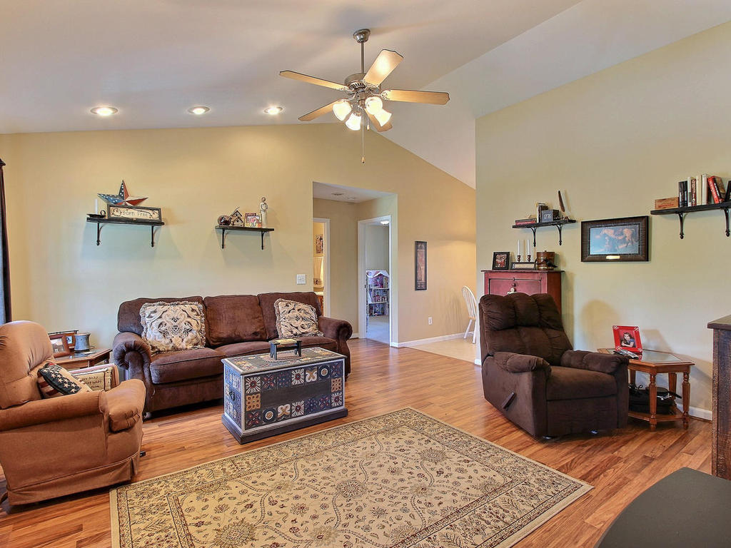 Bright living area with vaulted ceilings