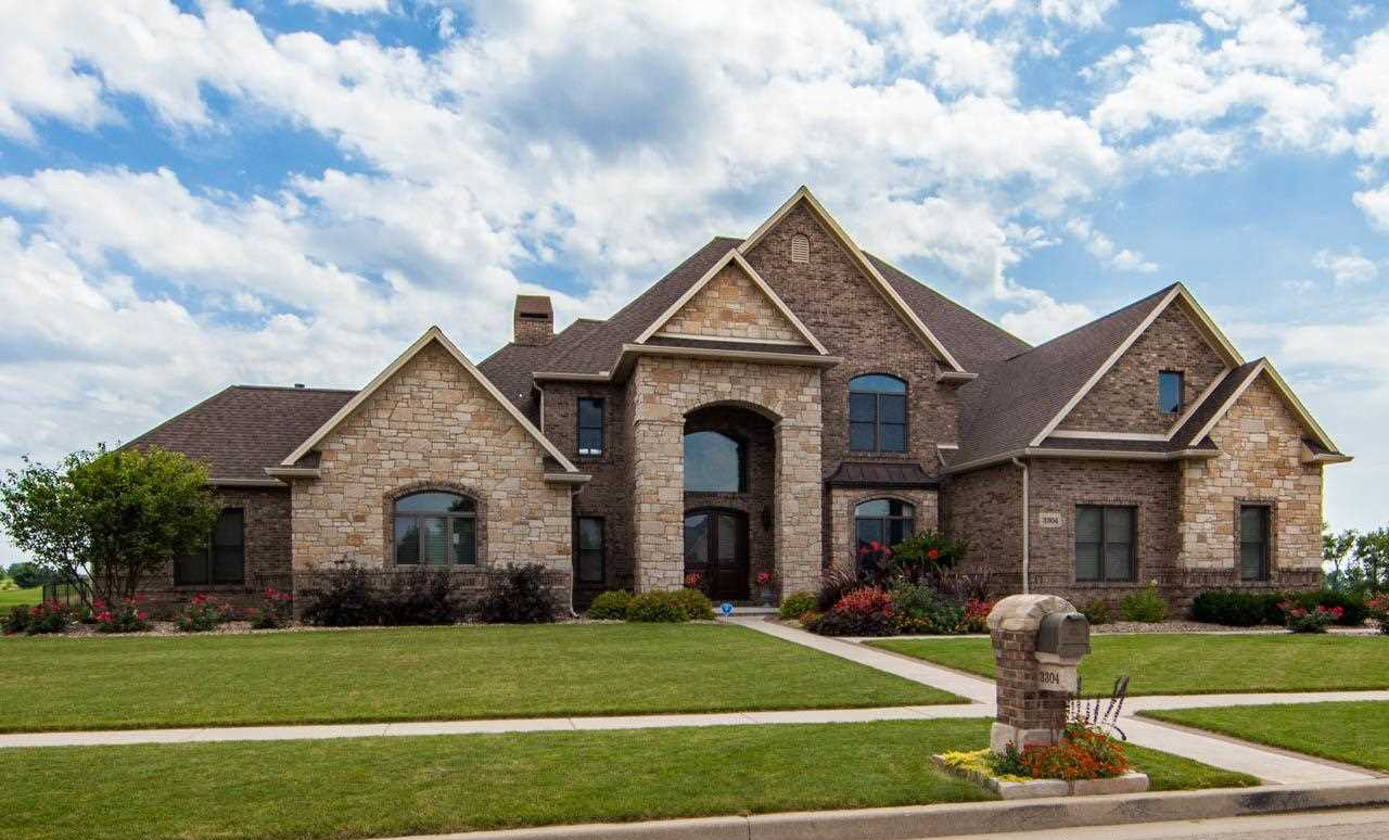 Million dollar homes in bloomington normal for At home pics