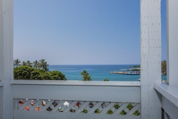 Kona condos under one hundred thousand dollars for 200 thousand dollar homes
