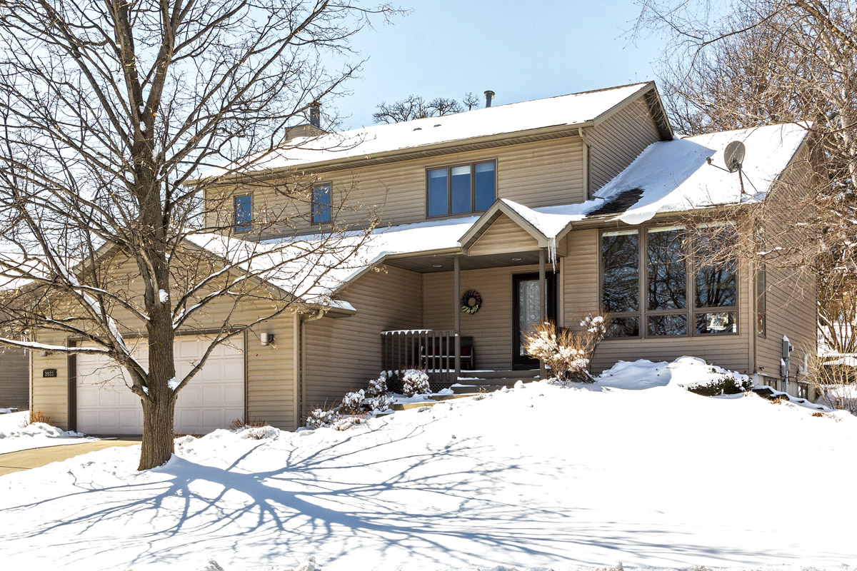 Image Home for sale 2033 Beacon Drive SW Rochester MN 55902
