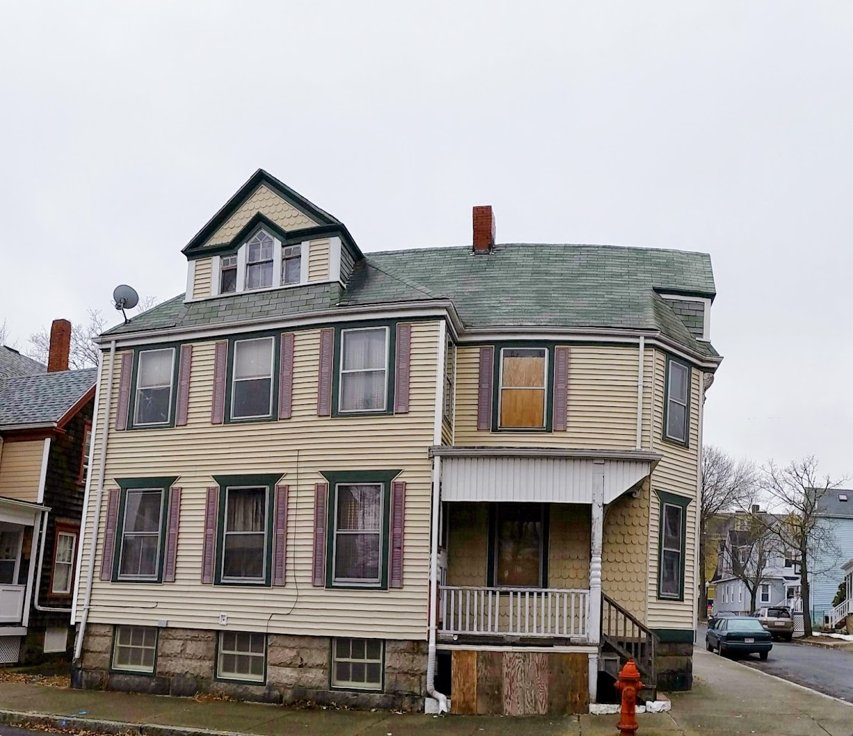 Built in 1891 in <a href='http://susanwhitehead.masspropertyvalues.com/index.php?types[]=1&types[]=2&areas[]=city:New Bedford&beds=0&baths=0&min=0&max=100000000&map=0&sortby=listings.listingdate DESC&quick=1&submit=Search' title='Search Properties in New Bedford'>New Bedford</a>