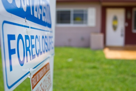 Imhttp://rismedia.com/2015-03-19/u-s-foreclosure-activity-at-lowest-level-since-july-2006/?utm_source=newsletter&utm_medium=email&utm_campaign=eNewsage title