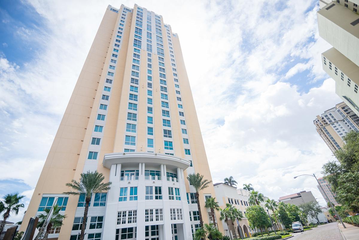 400 Beach Drive Condominium