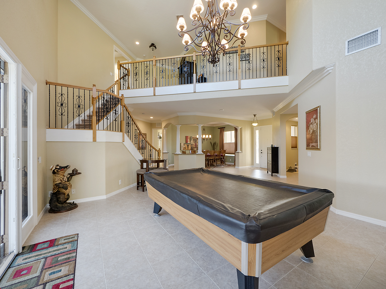 SIX BEDROOM HOME FOR SALE