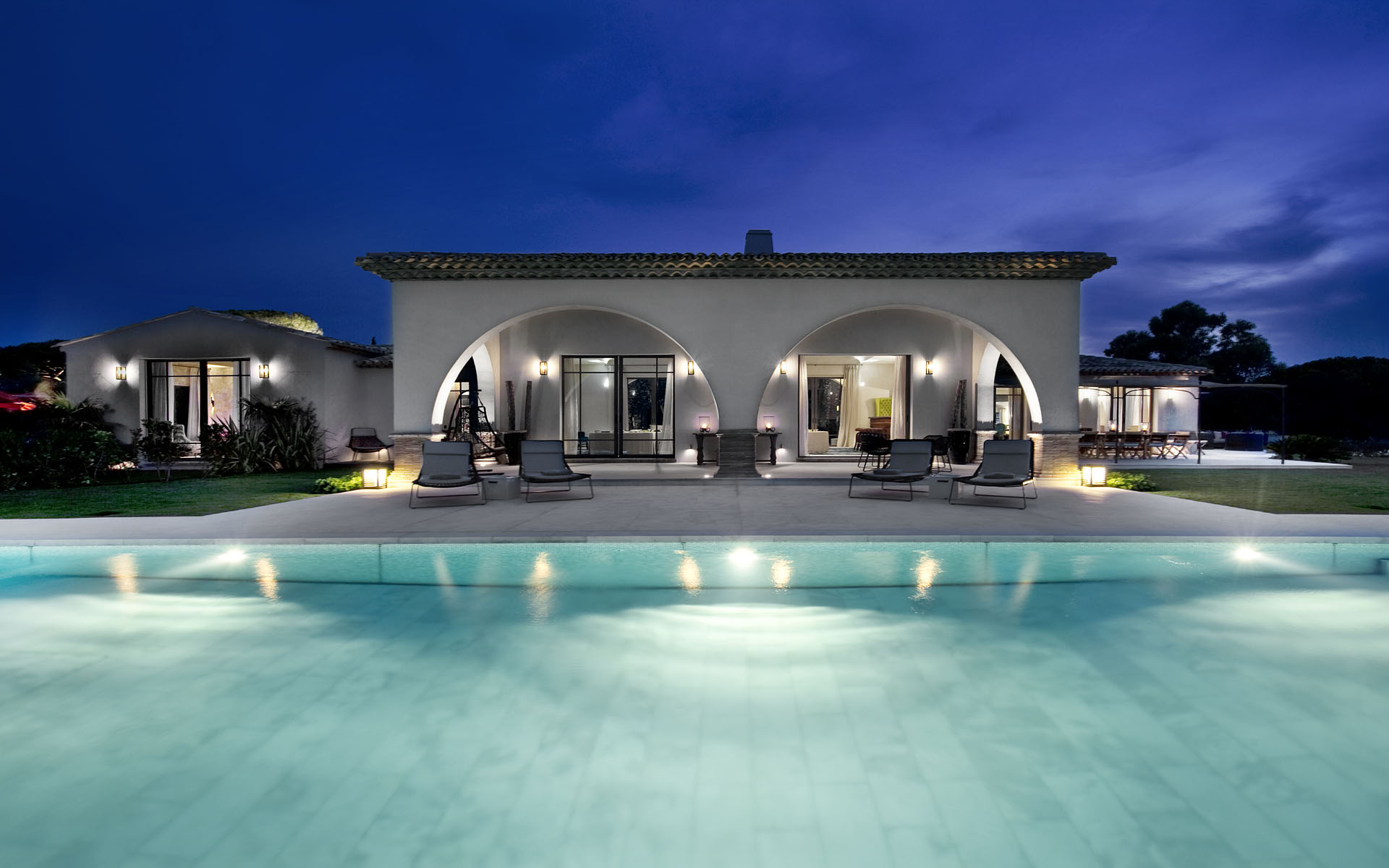 Kingman Homes With Pools
