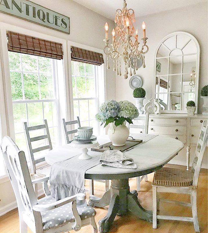 Elegant and Bright Dinning