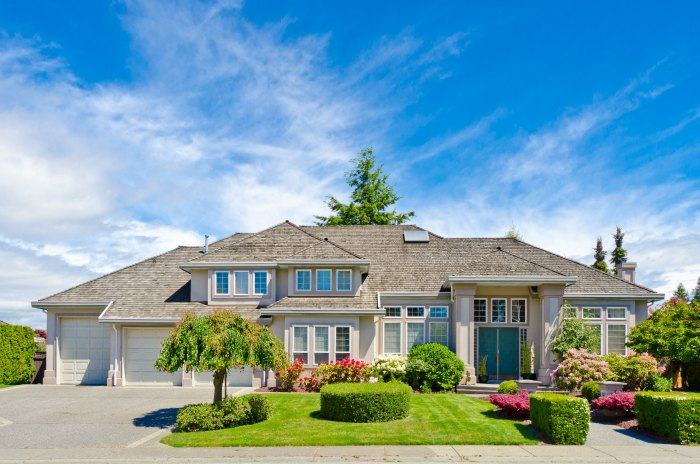 West Lake Hills Real Estate