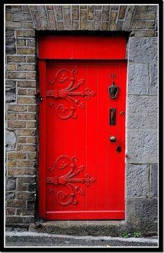 Welcoming red door.