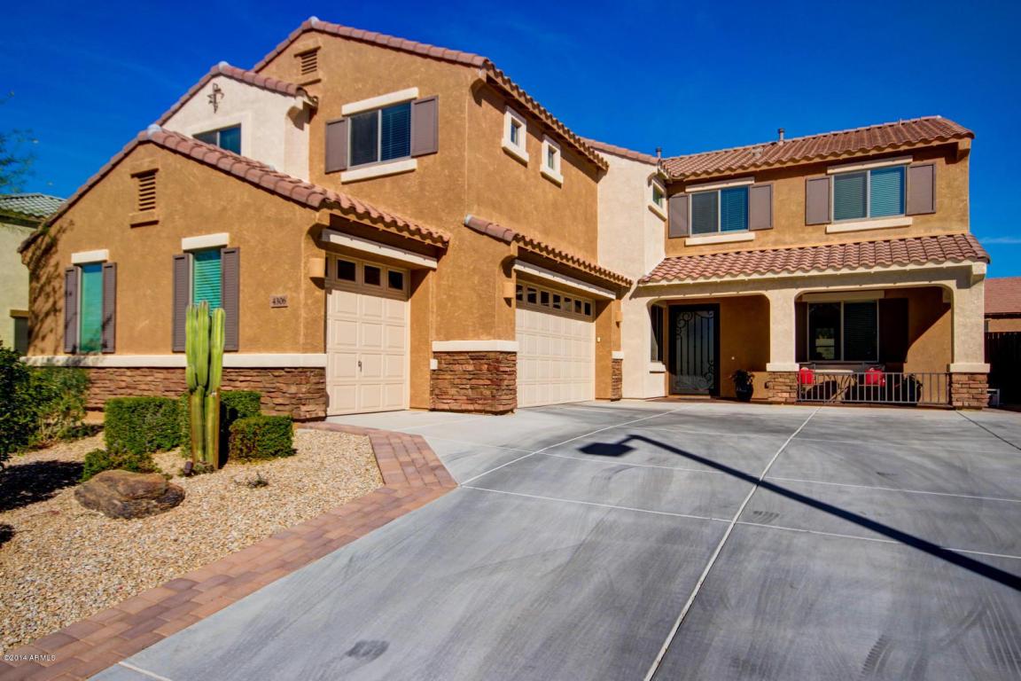 5 bedroom 3 car garage upgraded home in desert ridge 85050 for Five car garage