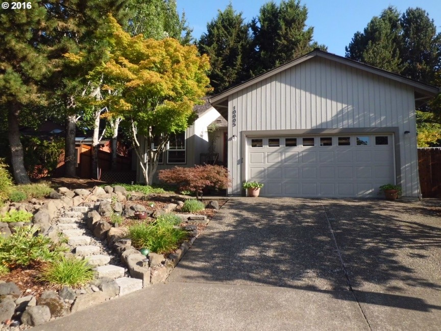 Cook Park Tigard 3 bed 2 bath $345k