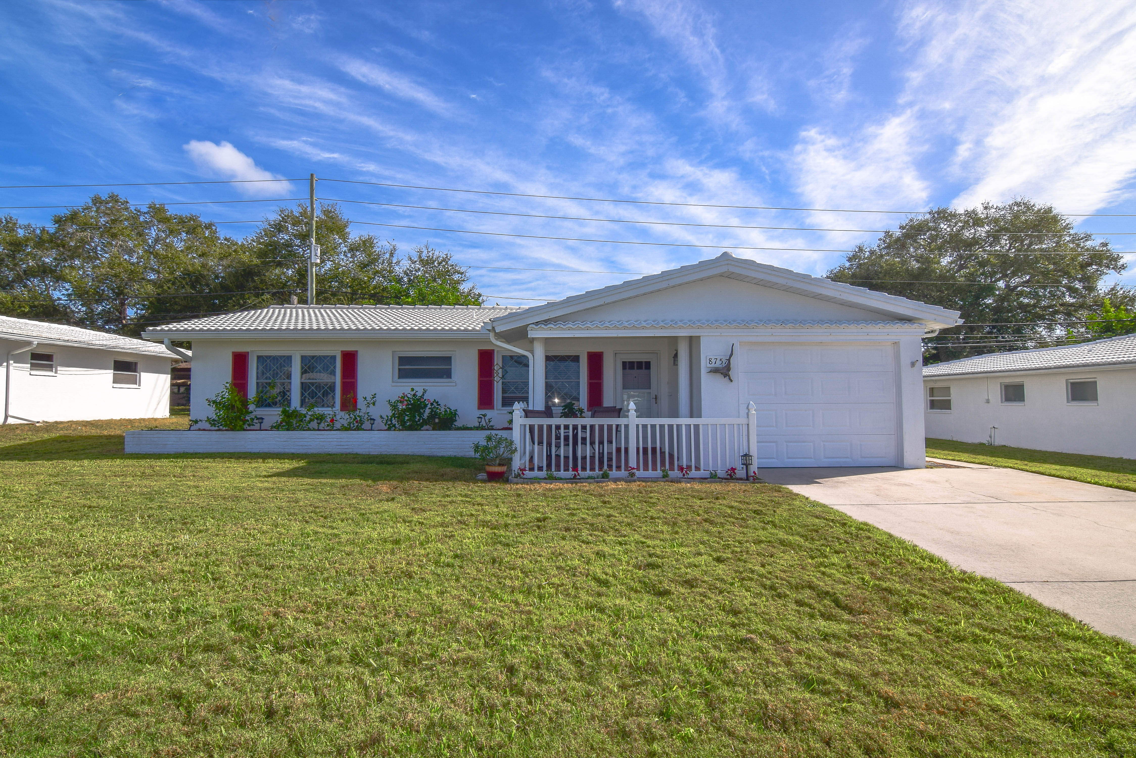 Home we recently listed and sold in Tamarac by the Gulf Community