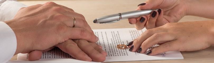 divorcing hands