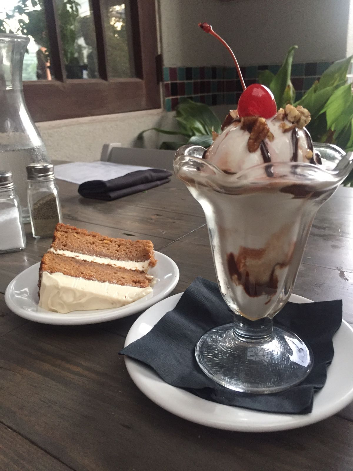 Carrot cake and Ice cream sundae