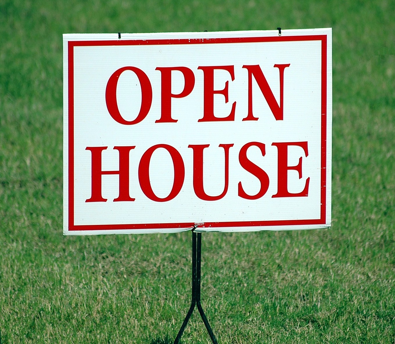 Follow these 6 helpful tips for a positive open house experience!