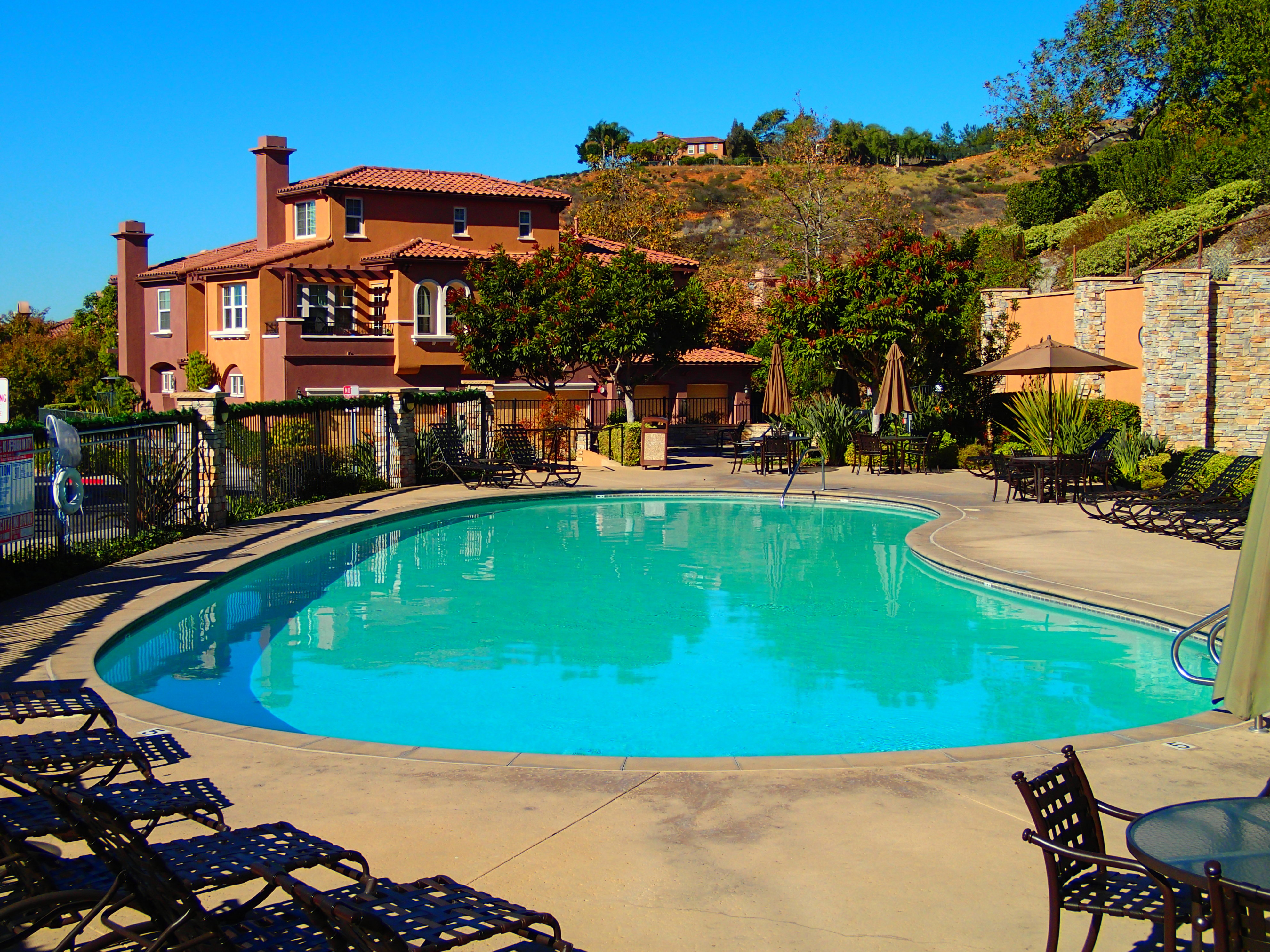 Click for San Elijo Hills Condos For Sale and Multifamily Homes