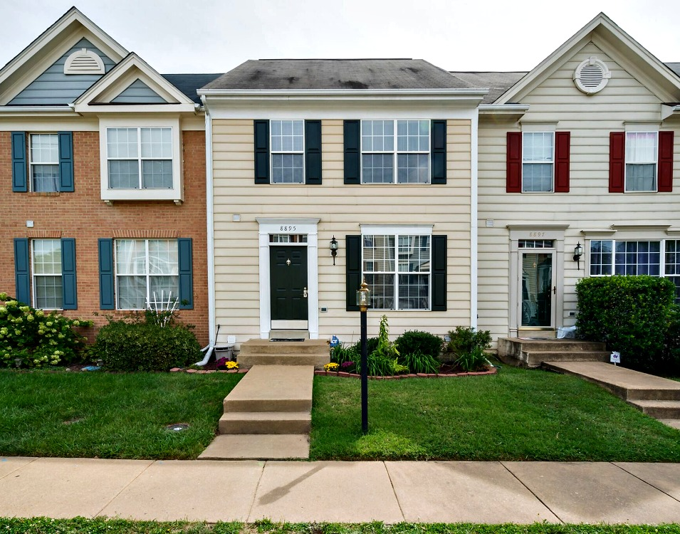 8895 Moat Crossing Place, Bristow, VA 20136 Open House October 1, 2016
