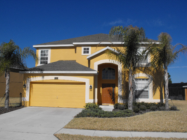 Fully furnished 6 bedroom home on Watersong, <a href='https://www.exitrealtych.com/index.php?types[]=1&types[]=2&areas[]=city:Davenport&beds=0&baths=0&min=0&max=100000000&map=0&quick=1&submit=Search' title='Search Properties in Davenport'>Davenport</a>
