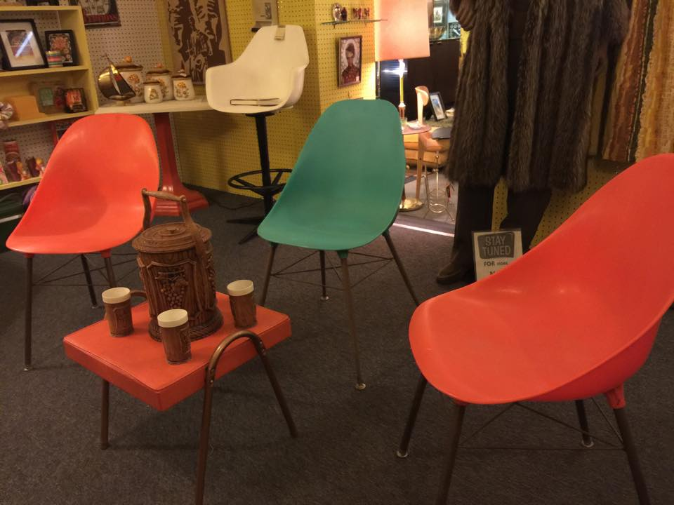 9 affordable furniture shops in nashville and nearby for Mid century modern furniture nashville
