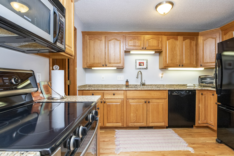Kitchen, 1624 Teton Ct NE Rochester, MN 55096