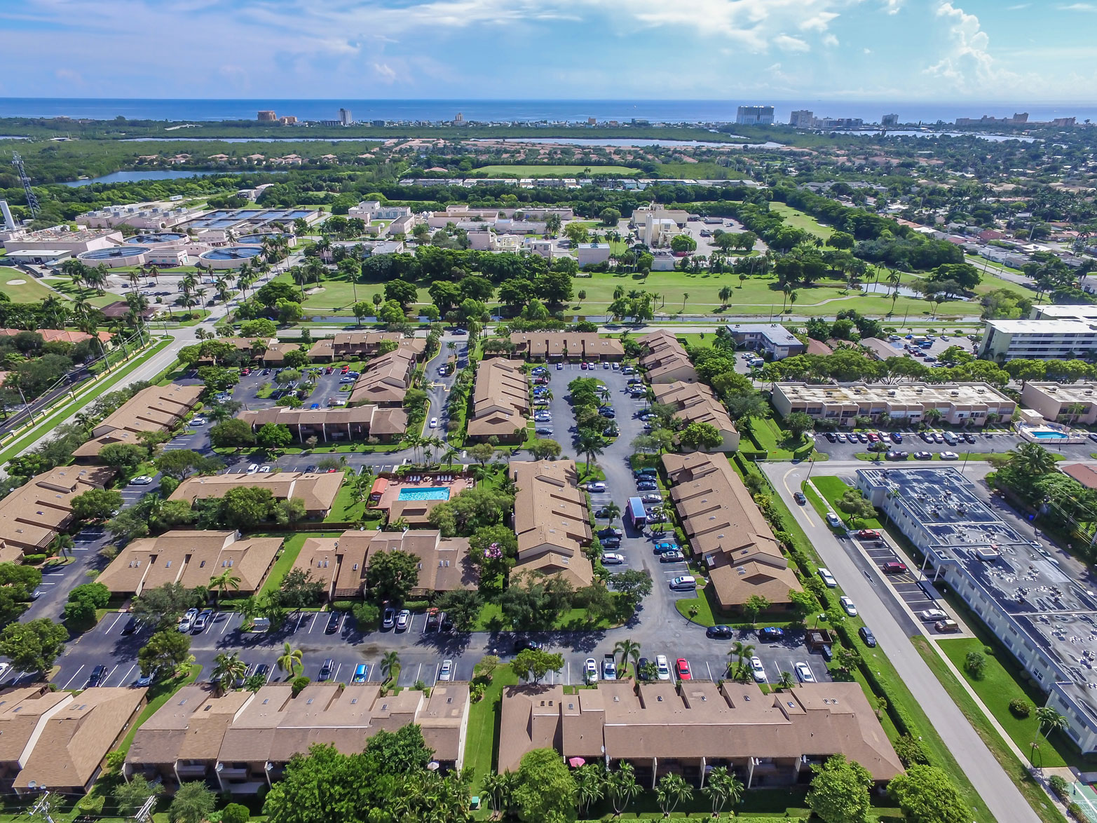 Image ti3-bedroom 2 bath townhouse in Sherbrooke Townhomes Hollywood fl