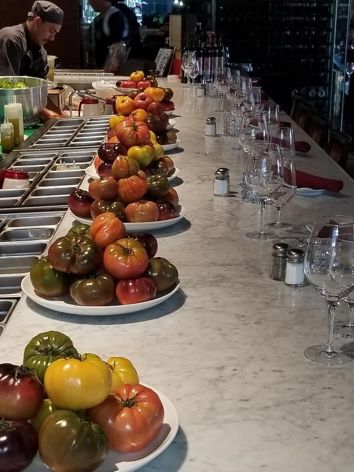 Fresh Heirloom Tomates adorn the bar! I want to bite into one...lol