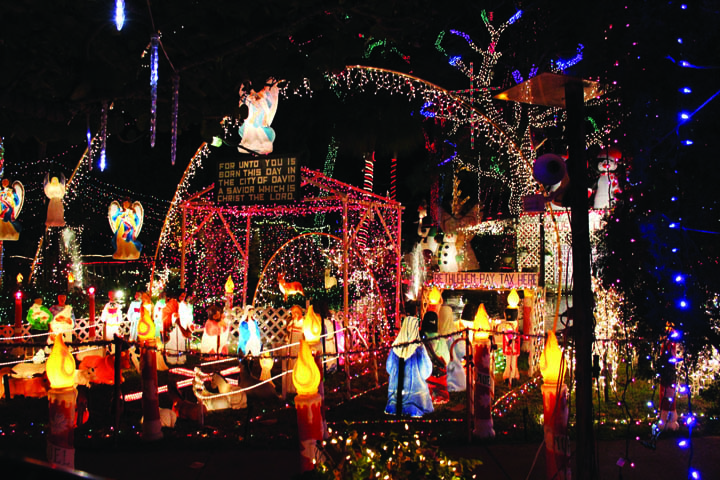 image title - Bay Area Christmas Lights