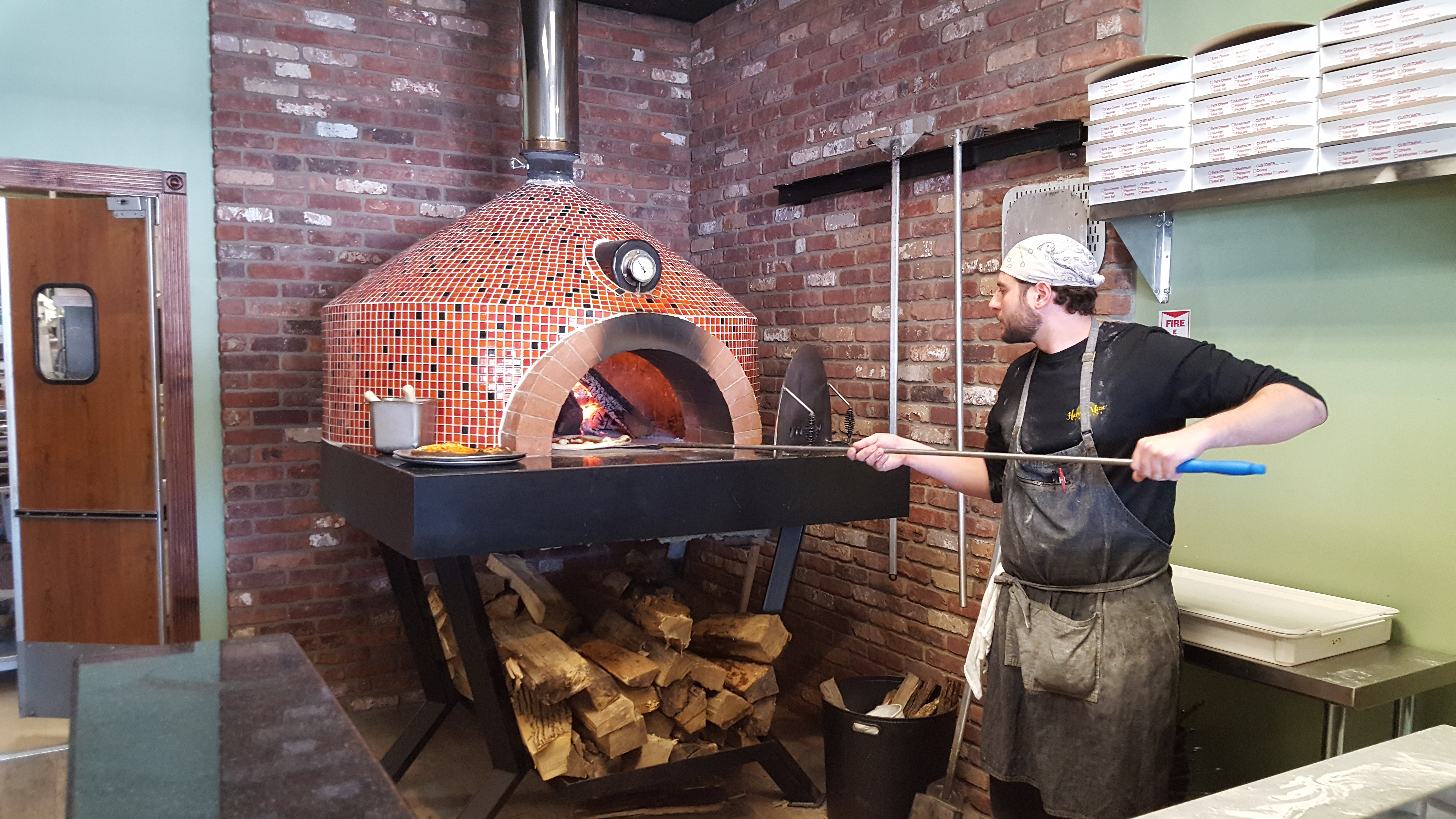 Brick Oven Pizza at Harvest Moon