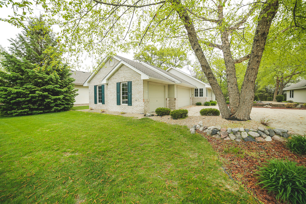 82 141st Ln NW Andover MN 55304