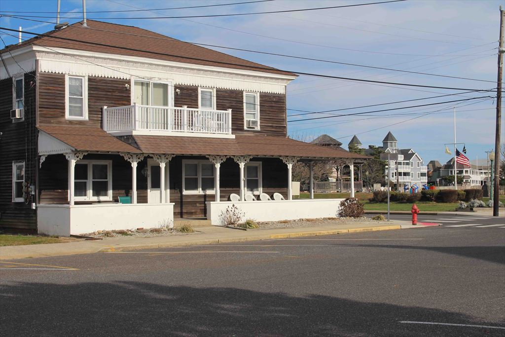 201 Amber Street, Beach Haven