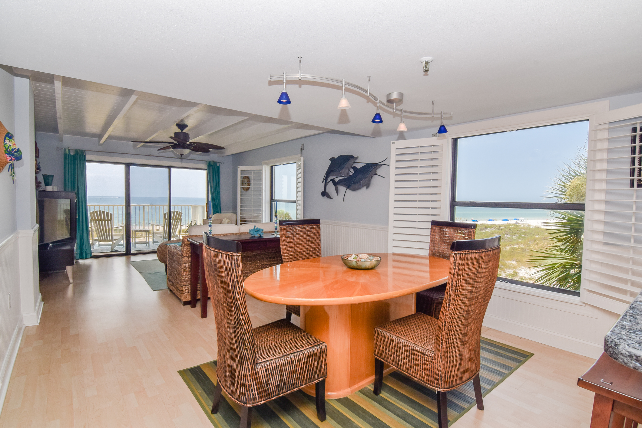 Dining Area and Views