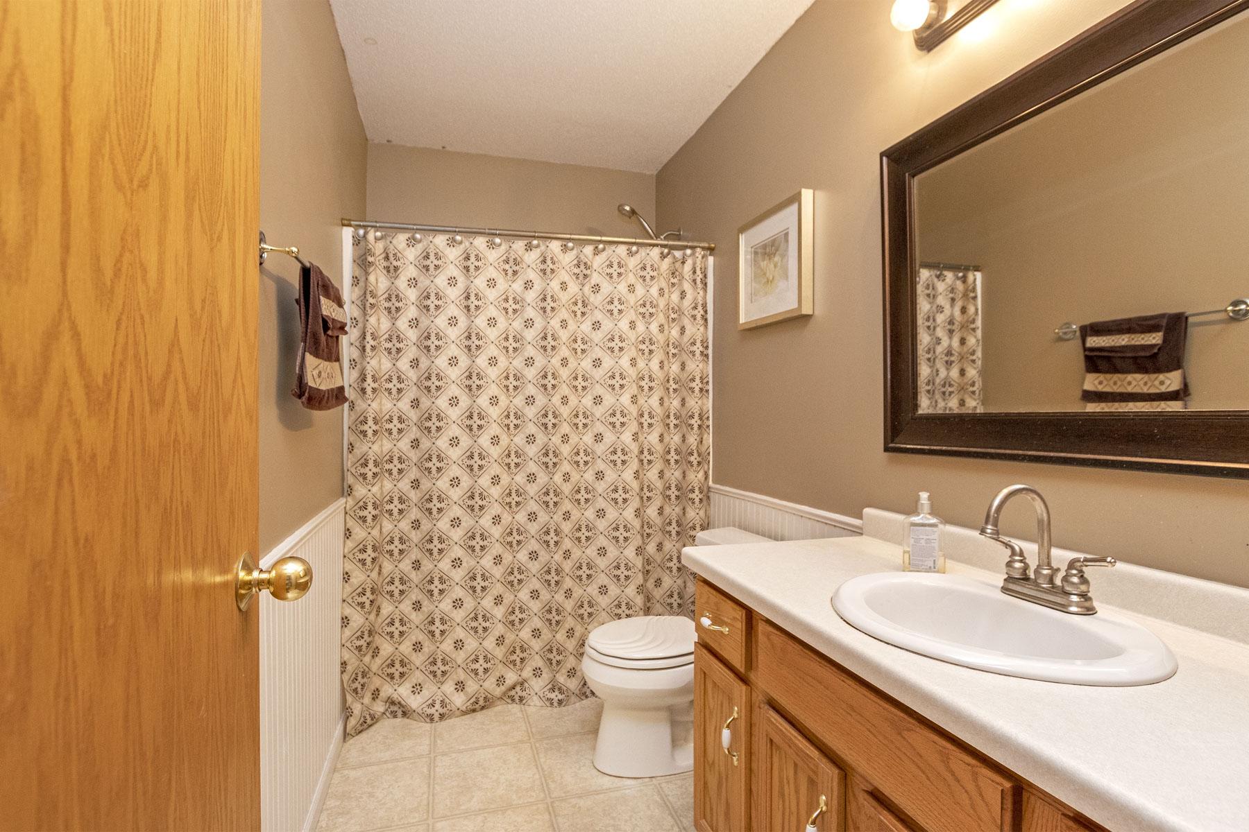 bathroom 414 8th st dodge center