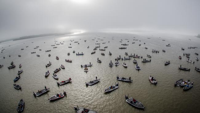 College teams lure lake murray for national anglers for Lake murray fishing hot spots