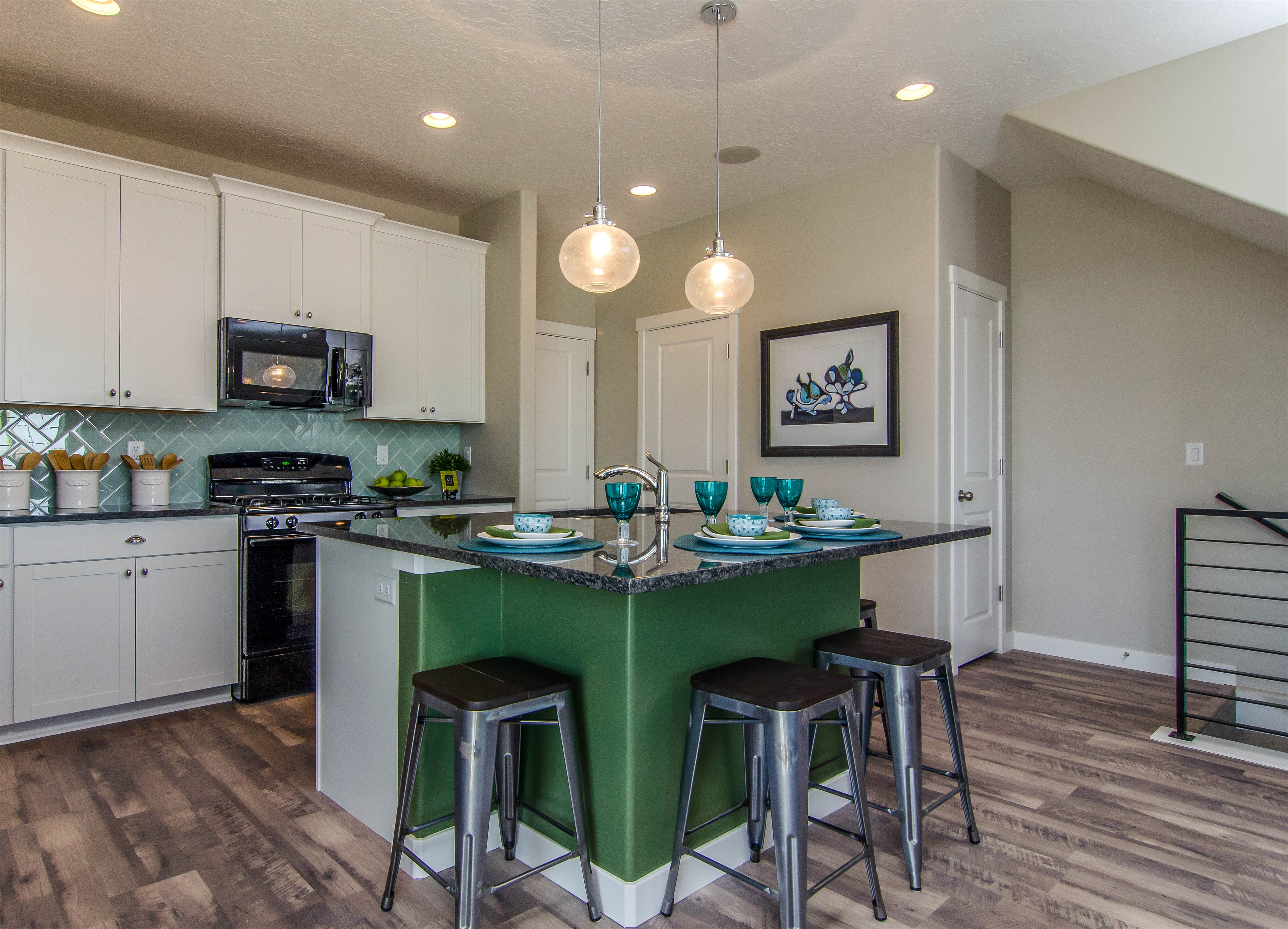 Oakwood Townhomes Kitchen