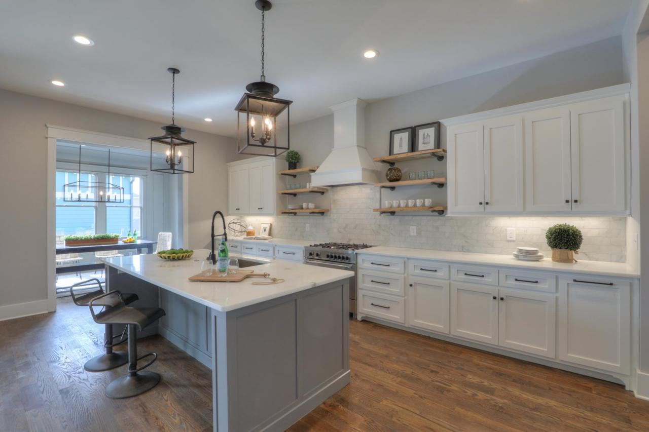 It Makes A Lot Of Sense That Transitional Style Is Leading In Kitchen Design  Choices (itu0027s Up Almost 10 Percent, With A Quarter Of Study Respondents ...