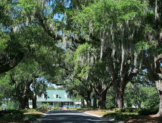 Legend Oaks Golf & Country Club