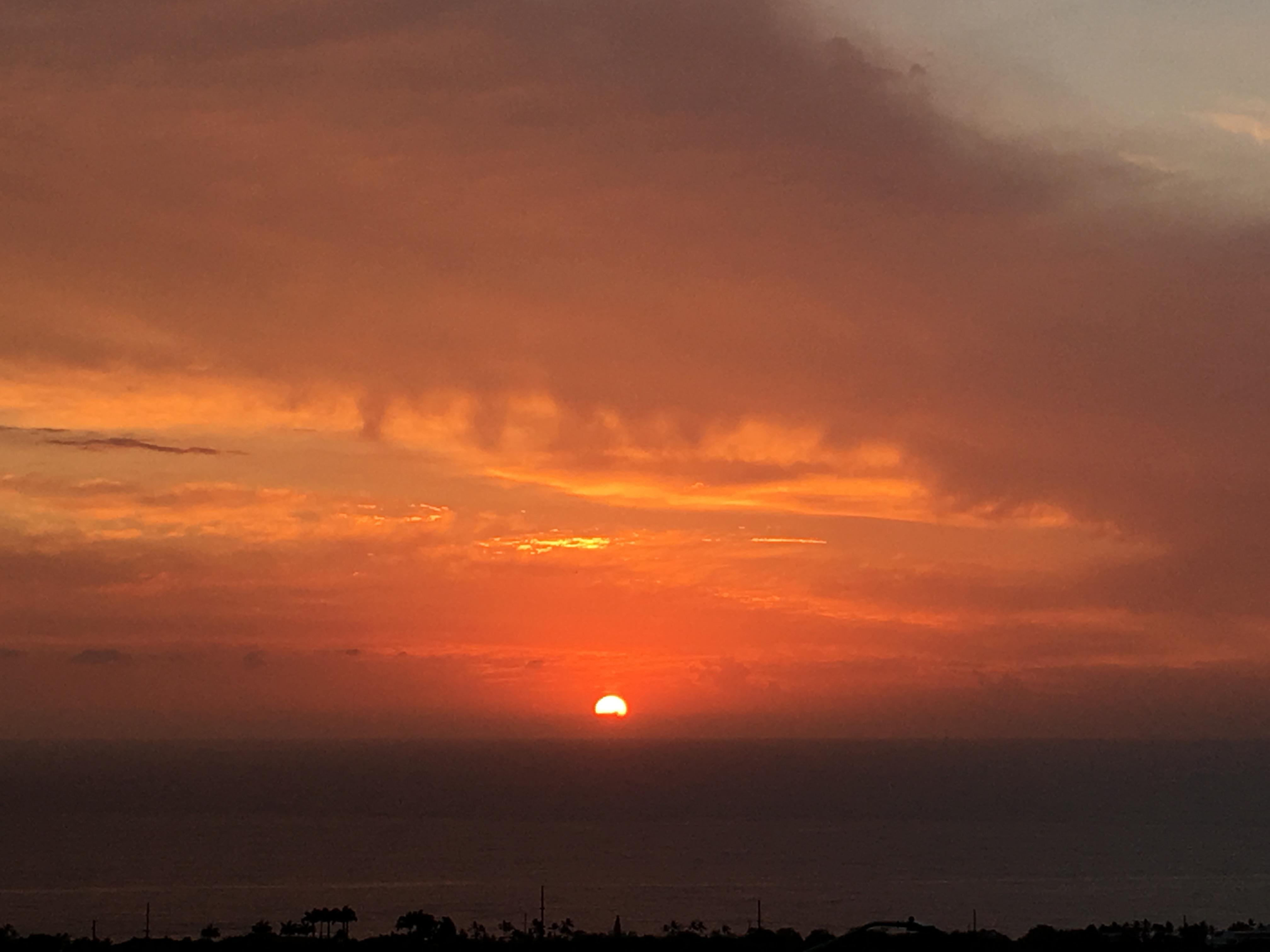 Dreamy Kona Sunsets Year Round