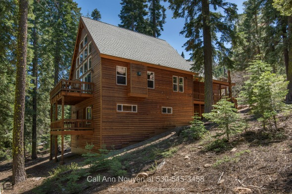 Homes for Sale in Tahoe Donner CA - Live in a beautifully crafted home in this Tahoe Donner CA mountain retreat.