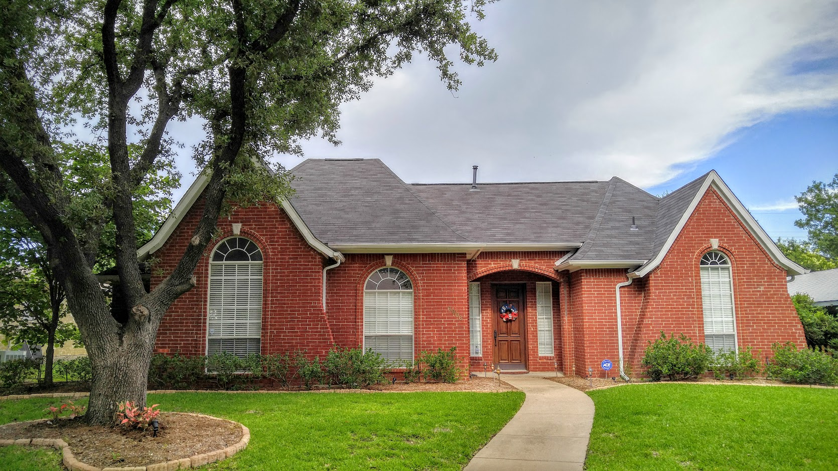 6006 Green Oaks, <a href='http://www.birdsongrealty.com/index.php?types[]=1&types[]=2&areas[]=city:Plano&beds=0&baths=0&min=0&max=100000000&map=0&quick=1&submit=Search' title='Search Properties in Plano'>Plano</a> - Lisa Birdsong