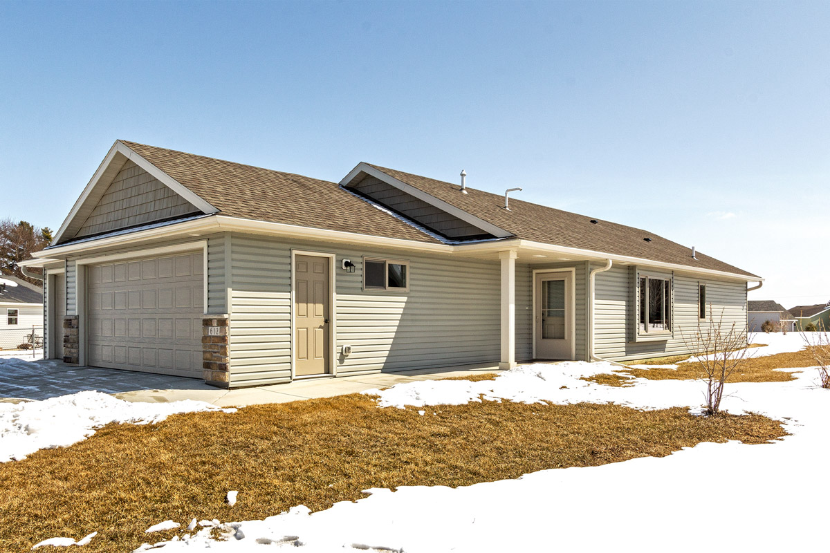 Home for sale 612 Southfork Place SE Kasson MN 55944