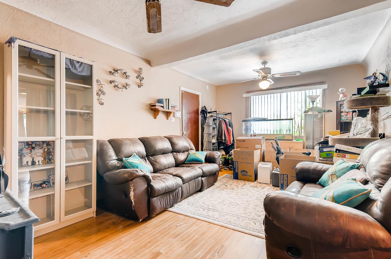 1263 joliet familyroom