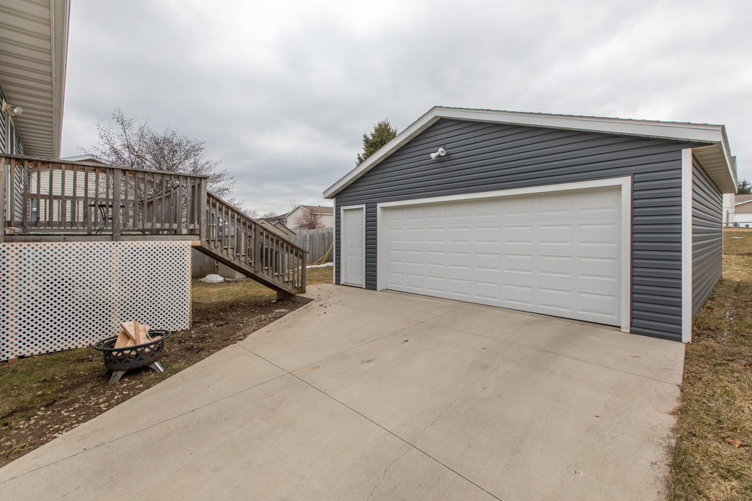 Detached two-car garage 4402 10th street nw rochester